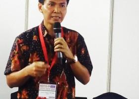 Prof Dr Komang G Wiryawan: Probiotik Pengganti Antibiotik