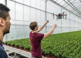 Aplikasi Drone Di Greenhouse