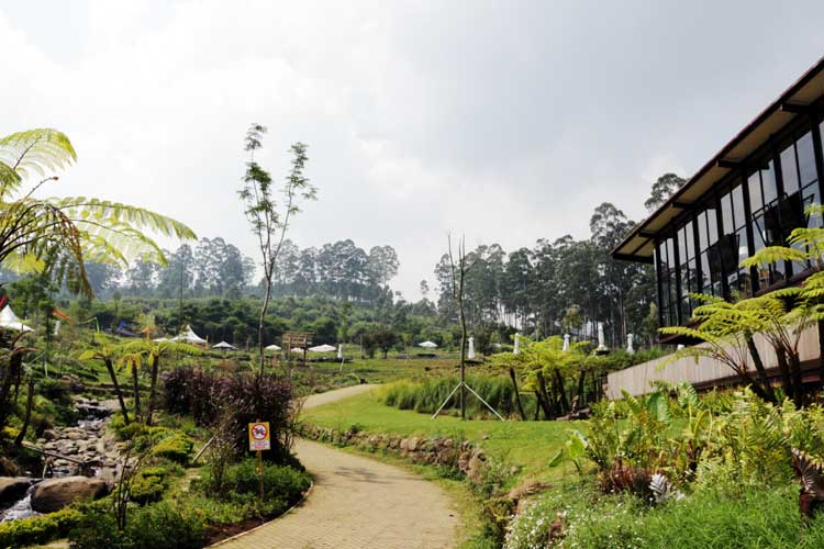 (Ph/WA 0811 222 1663) Paket Tour Wisata Bandung 1 Hari