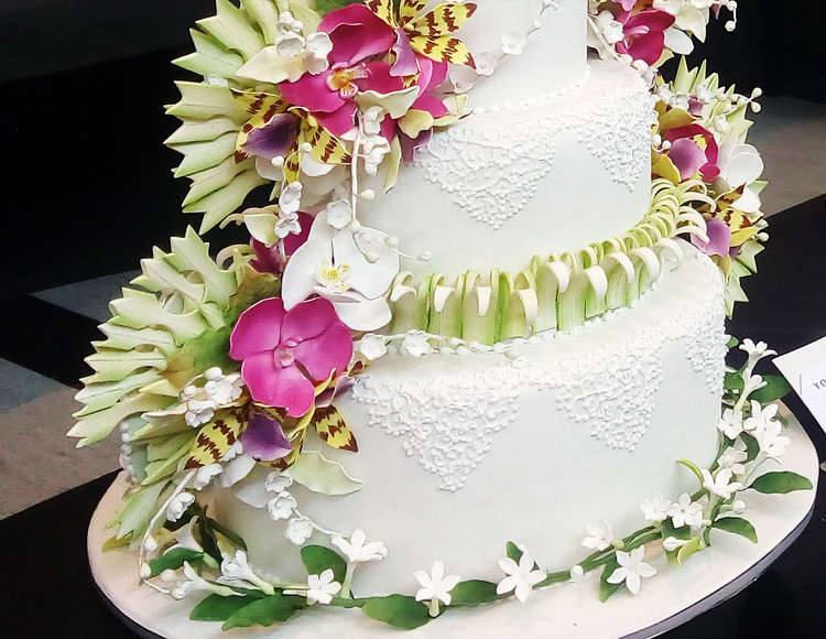 flora-dan-fauna-di-kue-tart-pengantin-1