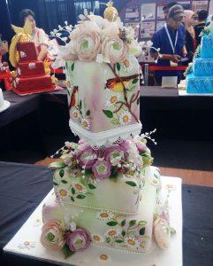 flora-dan-fauna-di-kue-tart-pengantin-2