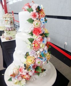 flora-dan-fauna-di-kue-tart-pengantin-3